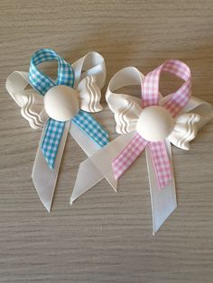 Segnaposto caramella in gesso ceramico , by Giocrea, 0,75 € su misshobby.com Baby Shower Pin, Mamma, Diy, Creative Ideas, Creativity, Party, Bodas, Artists, Build Your Own