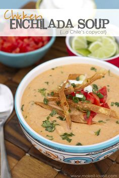 Copycat Chile's Enchilada Soup Recipe by Make It and Love It - many more soup recipes, too! Copycat Soup Recipe, Copycat Recipes, Soup Recipes, Chicken Recipes, Dinner Recipes, Cooking Recipes, Recipe Chicken, Red Robin Chicken Tortilla Soup Recipe, Recipes