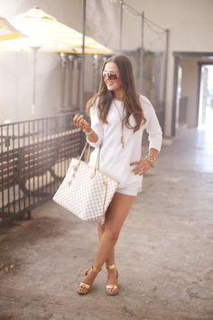 Fashion-Style-White-Classic-Summer Fashion-Louis Vuitton-Outfit Ideas-Outfit Inspiration