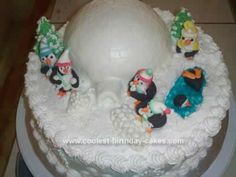 Winter Wonderland Penguin Christmas Cake... This website is the Pinterest of Christmas cakes