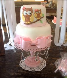 Owl baby girl shower cake with pink bow set up