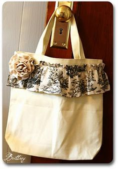 The Painted Parsonage: Finished Object Friday - It's in the Bag. Fabric Bags, Fabric Scraps, My Bags, Purses And Bags, Ruffles Bag, Ruffle Skirt, Bag Pattern Free, Crochet Pattern, Scrap Fabric Projects