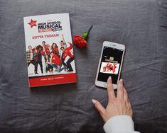 High School Musical, Disney, Musicals, Tv, Cover, Books, Libros, Television Set, Book