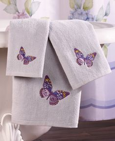 Lilac Butterflies 3-pc. Bathroom Towel Set 4/28/13