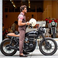 this will kill — overboldmotorco: @marianodivaio with a Honda...
