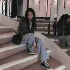 Blackpink Fashion, Winter Fashion Outfits, Lisa, Twitter Header Aesthetic, Queens, Blackpink Photos, Jennie Blackpink, Ulzzang Girl, Swagg