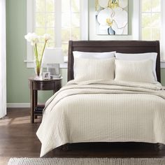 The Madison Park Reed Coverlet Collection allows for the perfect layering piece to your current décor yet is unique enough to stand alone on your top of bed.
