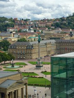 What a view, right?! We love the Schlossplatz in Stuttgart...