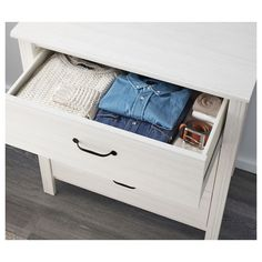 http://www.ikea.com/pl/pl/catalog/products/80250146/#/30250144