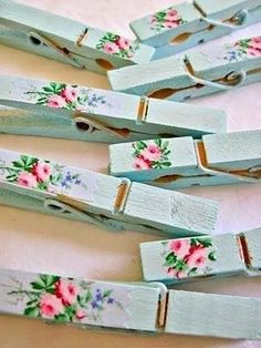 Keep Calm and DIY!: 75 of the Best Shabby Chic Home Decoration Ideas Keep Calm and DIY!: 75 of the Best Shabby Chic Home Decoration Ideas Casas Shabby Chic, Shabby Chic Vintage, Shabby Chic Crafts, Shabby Chic Interiors, Shabby Chic Bedrooms, Shabby Chic Kitchen, Shabby Chic Homes, Shabby Chic Style, Shabby Chic Furniture