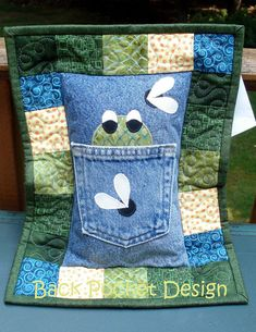 Pattern for Hungry Frog Quilted Pillow made with Upcycled Recycled Denim Jeans Quilting Projects, Sewing Projects, Quilt Storage, Memory Pillows, Tooth Fairy Pillow, Denim Crafts, Machine Embroidery Applique, Recycled Denim, Quilt Stitching