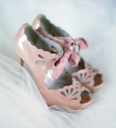 Vintage wedding shoes - pink heels with ribbon + cutout detail {Laura Murray Photography} Pink Wedding Shoes, Blush Pink Weddings, Pink Shoes, Bridal Shoes, Wedding Dresses, Cute Pink, Pretty In Pink, Cute Shoes, Me Too Shoes
