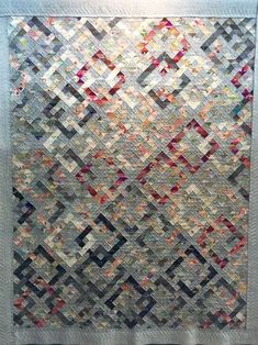 Need to find info on this quilt. Scrappy Quilts, Easy Quilts, Patchwork Quilting, Asian Quilts, Neutral Quilt, International Quilt Festival, Plus Quilt, Quilt Of Valor, Quilt Modernen