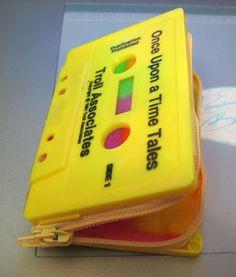 coisas da vida: Reciclando:Carteira de fita cassete