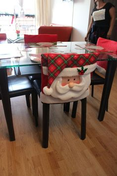 Funny And Cute Chair Cover Ideas For Christmas - Christmas Chair, Christmas Sewing, Santa Christmas, Christmas Photos, All Things Christmas, Christmas Holidays, Christmas Crafts, Christmas Decorations, Xmas