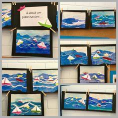 Boote aus Papier. Die Wellen aus Wasserfarben, das Papier nach dem Bemalen in Streifen reissen