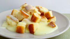 DOMA navařeno: Dukátové buchtičky s vanilkovou omáčkou Fruit Salad, Cantaloupe, Mini, Food And Drink, Cheese, Desserts, Best Recipes, Chef Recipes, Food And Drinks