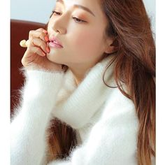 Nothing beats the sensual sexual pleasures of soft fluffy angora. Give me a gorgeous girl who craves the same and loves her man in angora. If she's very good she can invite her girl friend over as long as she is in uniform. Fluffy Sweater, Angora Sweater, Asian Woman, Asian Girl, Vintage Lesbian, She Girl, Stylenanda, Gorgeous Women, Winter Hats