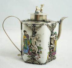 Collectibles china Tibet Silver Dragon Porcelain teapot.. HC