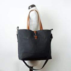LARGE, Darknavy front pocket tote   diaper bag   shoulder bag. 9 inside  pockets. Waterproof lining available 637bbbbad5