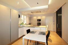 Modern kitchen by architetto roberta castelli