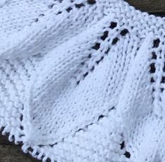 Blanket, Knitting, Crochet, Blog, Youtube, Knitted Baby Clothes, Knitted Baby, Knitting Needles, Dresses For Babies