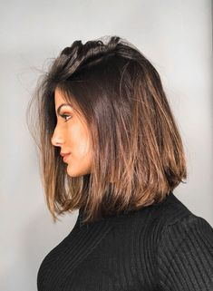 Brunette highlights hairstyles kapsels ideeen korthaar langhaar haaropsteken updo brunette blond ideas curls krullen Source by Middle Length Hair, Middle Hair Cut, Long Bob Haircuts, Lob Haircut Straight, Haircut Bob, Long Bob Hairstyles, Long To Short Haircut, Lobb Haircut, Trendy Hairstyles
