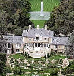 Celebrity Homes Now - Houses of the Rich and Famous Stars