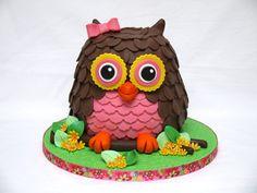 Cute Owl Cake! - by hellobabycakes @ CakesDecor.com - cake decorating website