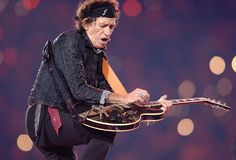 Keith Richards (2006) / Keith Richards showed off his impressive guitar skills as part of the Super Bowl XL half-time showcase. The Stones performed at Ford Field in Detroit, Michigan, where the Pittsburgh Steelers faced off with the Seattle Seahawks.
