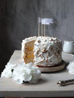 Pomarančová torta s meringuée - My Sweet Fairytale Fairytale, About Me Blog, Sweets, Chocolate, Cake, Desserts, Food, Food And Drinks, Fairy Tail