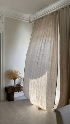 Living Spaces, Living Room, 3d Home, Aesthetic Room Decor, Linen Curtains, New Room, Home Interior Design, Bedroom Decor, Rustic Bench