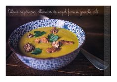 Velouté de pâtisson, tempeh fumé au thé et granola salé. #soupe #velouté #vegan #tempeh #pâtisson #granola #fèvetonka