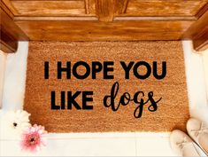 Have you got a house full of dogs? Let your visitors know when then arrive! A great gift for a new home or dog loving friends and family #dogs #ilovedogs #newhome #ourfirsthome #fuunydoormat #funny #dogmom
