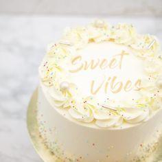 Best Lovely Sweet Vibes Cake in California. JS yummy. . facebook.com/yummyjs twitter.com/yummyjs Instagram.com/jsyummy2 linkedin.com/in/jsyummy . . #jsyummy #yummy #sweets #puddingcake #cupcakes #heardshafecake #drinks #whiteforestcake #baking #Pink #Rose #Cake #Pinkrosecake #cartoon #cake #vanila #cake #vanilacake #happy #birthday #cake #happybirthdaycake #flowerscake #Flowers #flowers #love #cake #Flowerslovecake #Firni #softcake #whiteflowerscake Pink Rose Cake, Forest Cake, Pudding Cake, Vanilla Cream, Happy Birthday Cakes, Love Cake, Cream Cake, White Flowers, Cupcakes
