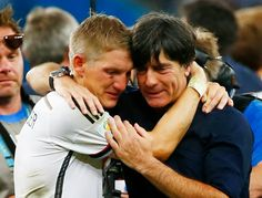 Final World Cup 2014 Brazil - Germany's Bastian Schweinsteiger (L) embraces coach Joachim Loew as they celebrate their win against Argentina after their 2014 World Cup final at the Maracana stadium in Rio de Janeiro July 2014 Fifa 2014 World Cup, Brazil World Cup, Argentina World Cup, Brazil Germany, Word Cup, Soccer Fifa, Bastian Schweinsteiger, Fourth World, World Cup Winners