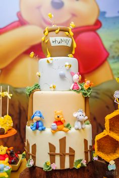 New Birthday Cake Baby Boy Themed Parties 40 Ideas Winnie The Pooh Themes, Winnie The Pooh Cake, Winnie The Pooh Birthday, Baby Boy 1st Birthday Party, Baby Birthday Cakes, Birthday Ideas, Boy Baby Shower Themes, Baby Shower Fun, Boy Baby Shower Cakes