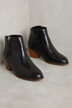 Slide View: 1: Bobbies L'Imprevisible Heeled Booties