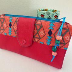 Portefeuille multifonction, simili fushia et coton motifs