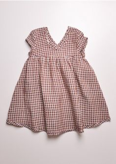 This is day dress perfection. Zienna could wear this non-stop! I love it.