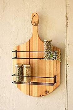 James James: Wooden Pizza Paddle Spice Rack with 2 shelves.Product Dimensions: x x Pizzeria Design, Pizza Store, Easy Crafts, Diy And Crafts, Wood Projects, Projects To Try, Wooden Kitchen, Kitchen Dining, Wood Creations