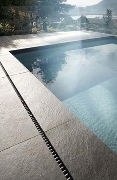 Backyard Pool Designs, Small Backyard Pools, Swimming Pools Backyard, Swimming Pool Designs, Pool Landscaping, Pool Spa, Piscina Spa, Piscina Rectangular, Swimming Pool Pictures