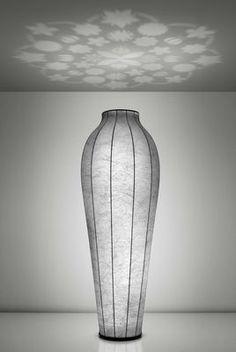 Chrysalis H 200 cm - Deckenfluter mit Projektor | Flos | Stehleuchte