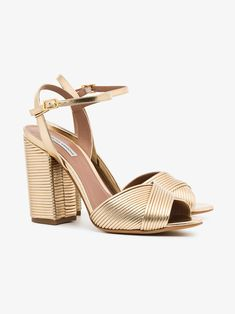 238804653fcc 391 Best shoes images in 2019