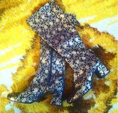 b6f15684582f Gorgeous rare vintage floral lurex black   gold mod psych gogo boots…