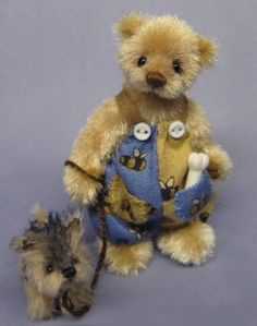 """<3 """"'It's time to walk the dog, watch out for buzzing Bumble Bee's!"""" <3 handmade by Ingrid Els"""
