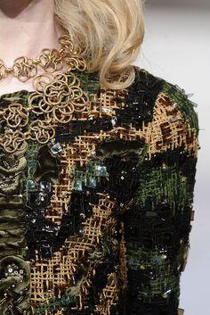 Oscar de la Renta Fall 2010 Ready-to-Wear Fashion Show Details