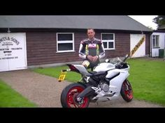 Best middleweight Sportsbike of 2015 | MCN Awards | Motorcyclenews.com - YouTube