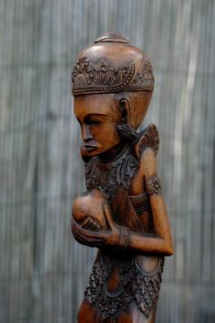 Balinese Art Deco Priest antiek hout beeld Bali -