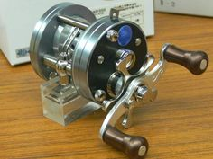 Fishing Stuff, Fishing Reels, Bass Fishing, Rod And Reel, Vintage Fishing, Bobber, Can Opener, Water, Shop